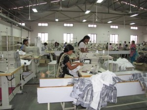 Surat having the maximum 4,70,496 powerlooms.